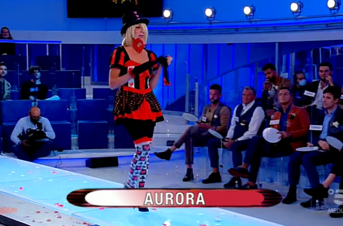 Uomini Donne Sfilata Aurora