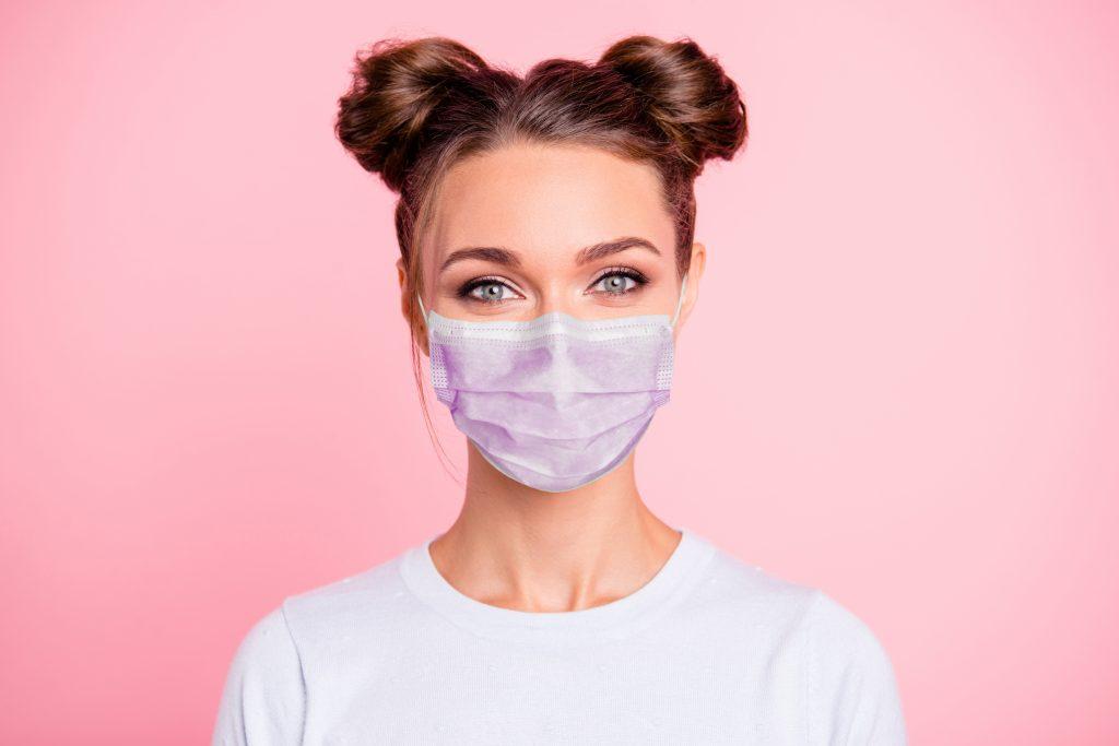 Come non sporcare di trucco la mascherina