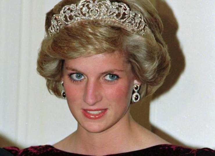 regina-elisabetta-lady-diana-solonotizie24