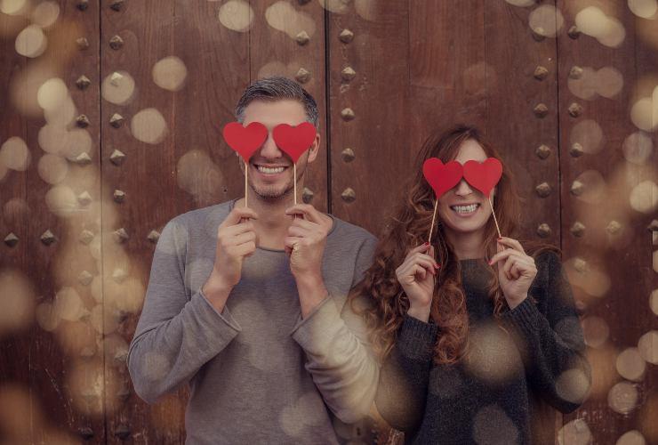 Frasi simpatiche d'amore dire ti amo facendo ridere-SoloNotizie24.it
