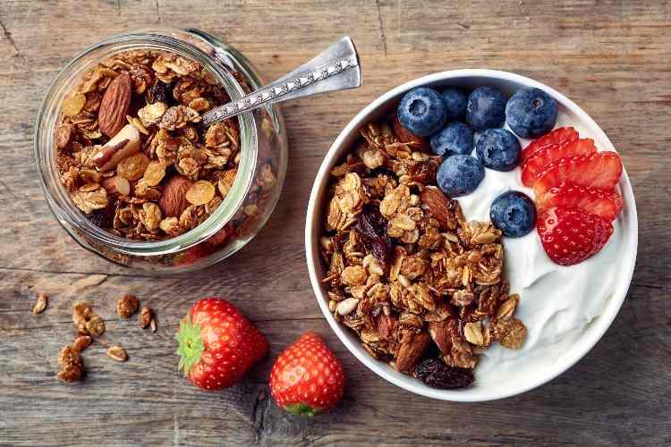 Frutta secca e frutta fresca a colazione-SoloNotizie24.it