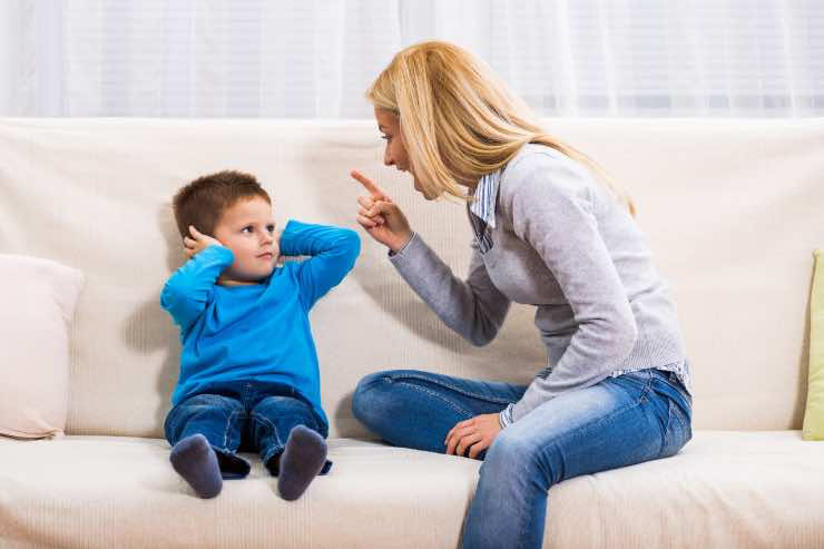 Come rimproverare un bambino