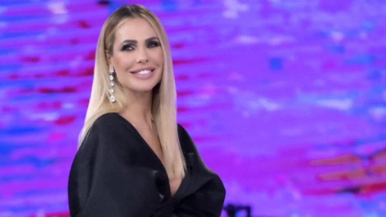 Ilary Blasi cambio look - Solonotizie24