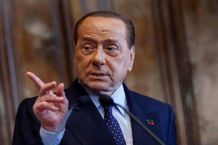 Silvio Berlusconi in ospedale - Solonotizie24
