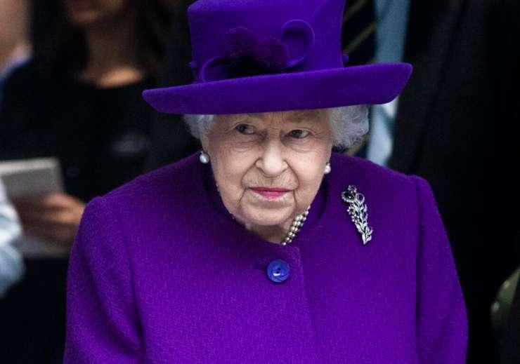 Regina Elisabetta cosa ha rifatto - Solonotizie24