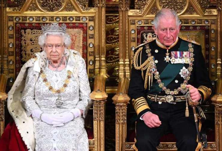 Regina Elisabetta due di picche - Solonotizie24