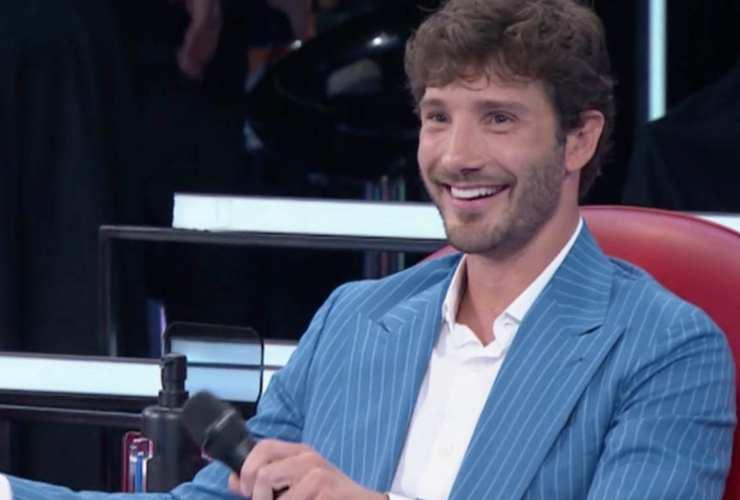 Stefano De Martino in barca con lei - Solonotizie24